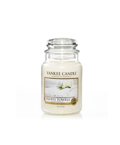 Yankee Candle ароматна свещ FLUFFY TOWELS